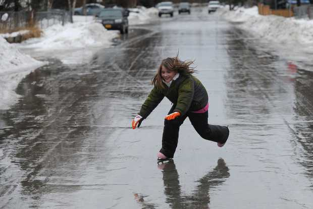 Ice-Skating-on-Anchorage-Streets