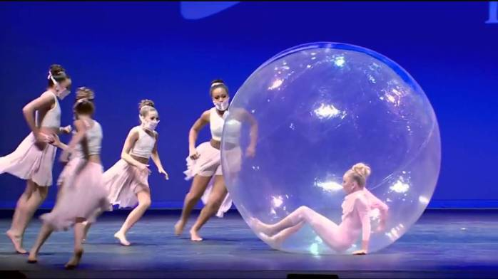 Bubble dance
